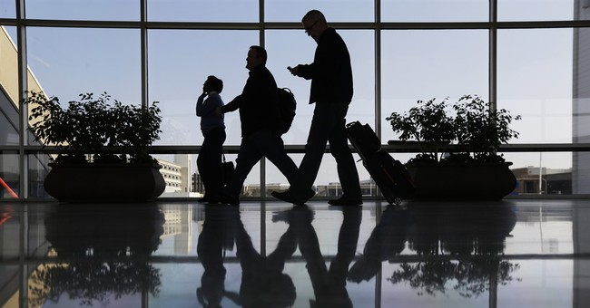 US probes possible collusion among airlines to keep fares up