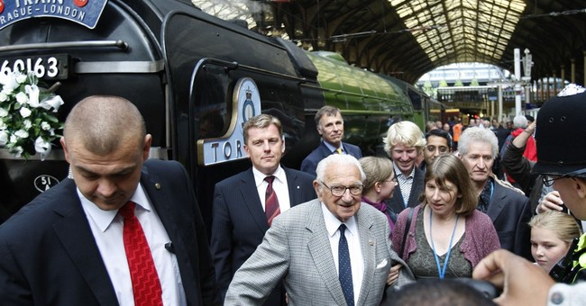 Nicholas Winton, savior of Jewish children, dies at 106
