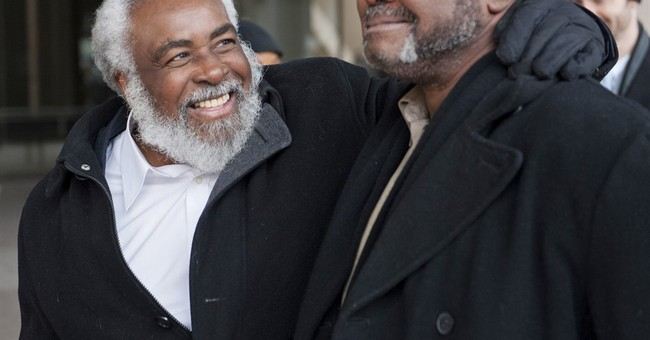 Wrongly imprisoned brothers sues detectives, Cleveland