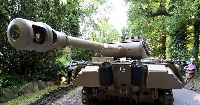 German authorities seize tank, other WWII weapons in raid