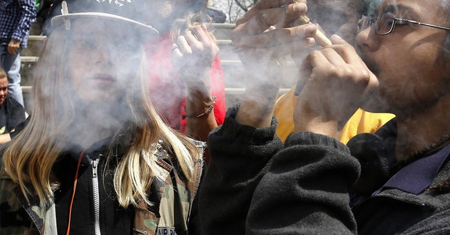 Denver campaign would allow marijuana use in bars