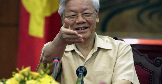 US, wooing Vietnam, readies red carpet for communist chief