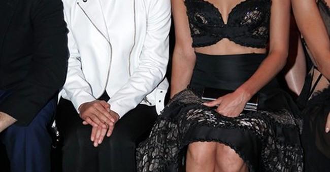 Versace kicks off Paris couture week in style