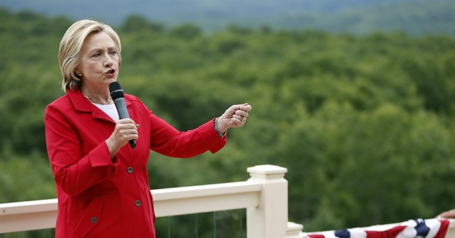 Clinton offers reassurance to gay youth in web posting
