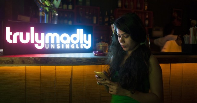 Young Indians embrace dating apps despite social taboos