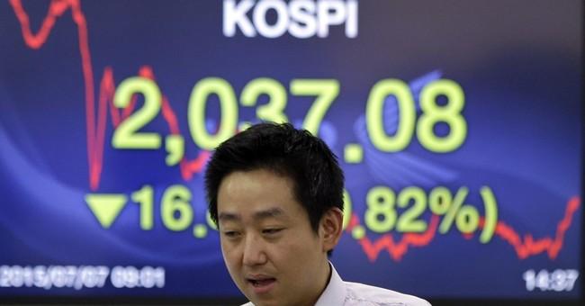 US stocks edge lower in early trade as Greece talks proceed