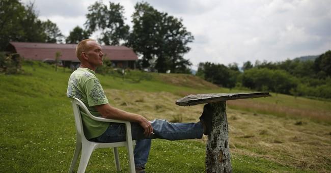 Dutch peacekeepers still suffer stigma after Srebrenica