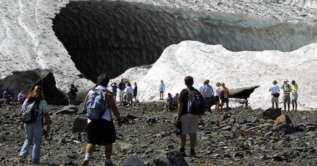 Sheriff: 1 dead, 4 injured in Washington ice cave collapse