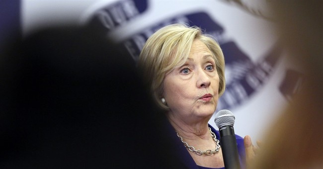 Clinton jabs Republican field on immigration policy