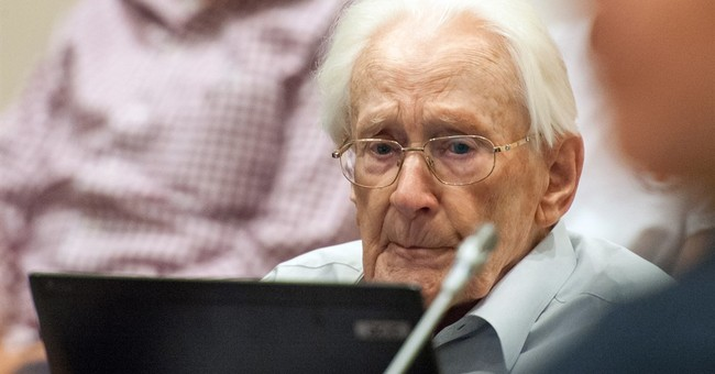 Prosecutors seek 3½ years in prison for ex-Auschwitz guard