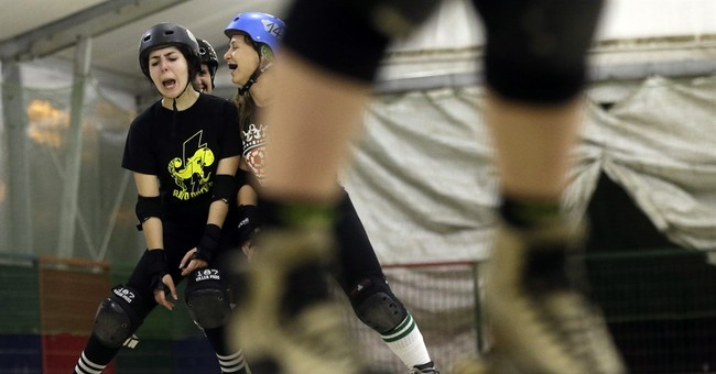 AP PHOTOS: Women's roller derby catches on in Italy