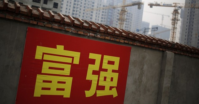 Global economy squeezed by worsening slowdown in China