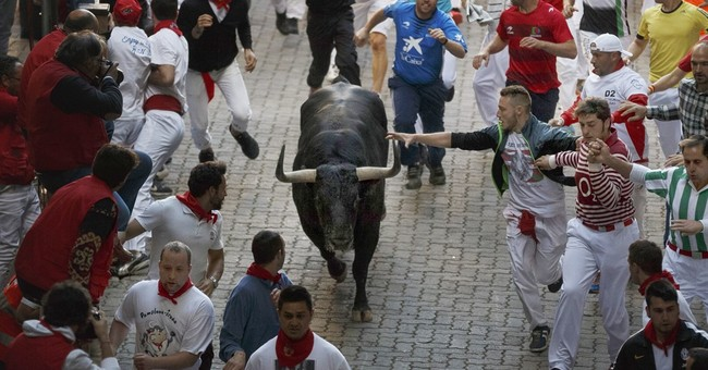 5 injured in 3rd bull run of Pamplona's San Fermin festival