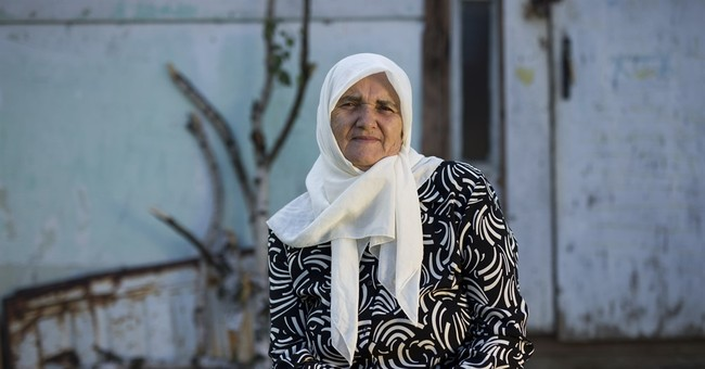 Srebrenica women tell tale of loss through objects of memory