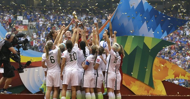 NYC celebrates Women's World Cup winners with parade