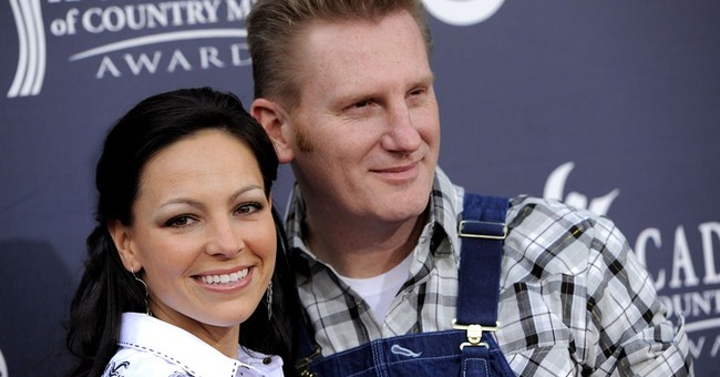 Joey, of country duo Joey and Rory, undergoes surgery