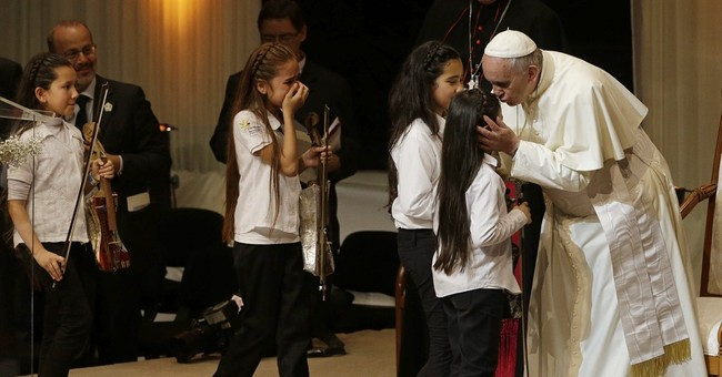 Pope praises Jesuit missions in Paraguay after apology