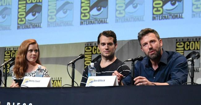 Ben Affleck debuts 'Batman v Superman' footage at Comic-Con