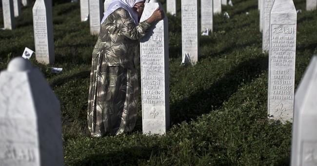 Serbia PM attacks at Srebrenica ceremonies