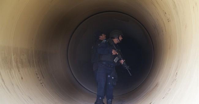 Mexico: Manhunt on after drug lord 'El Chapo' Guzman escapes