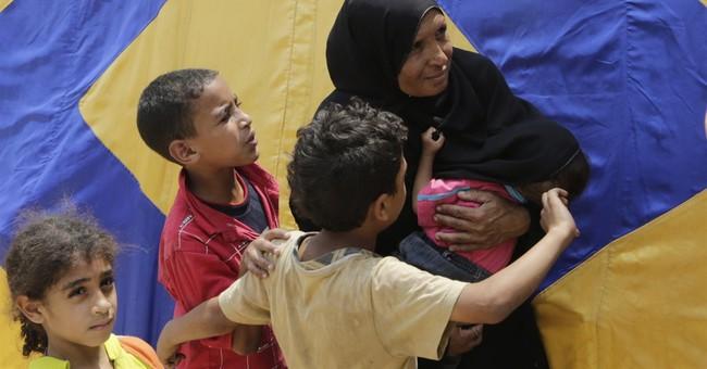 "Omar Sharif, star of ""Lawrence of Arabia,"" buried in Cairo"