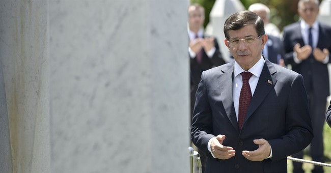Turkish PM Davutoglu kicks off coalition-building talks