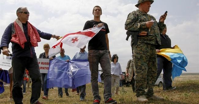 Georgia accuses Russia of moving border near oil pipeline