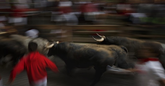 Pamplona fest ends with no fatal gorings; man dies elsewhere