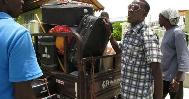 Many leave Dominican Republic for Haiti to avoid deportation