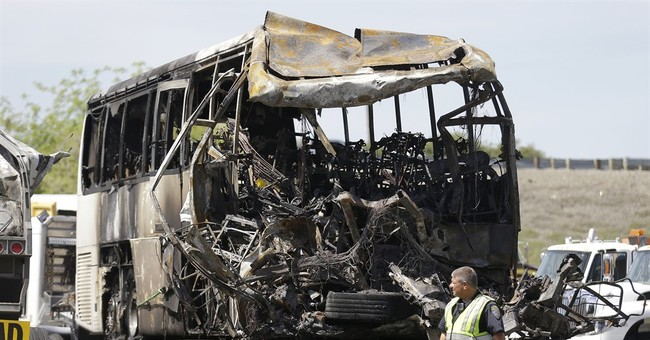 Feds urge bus safety rules after deadly California crash