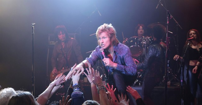 Denis Leary plays a rock has-been in his new FX comedy