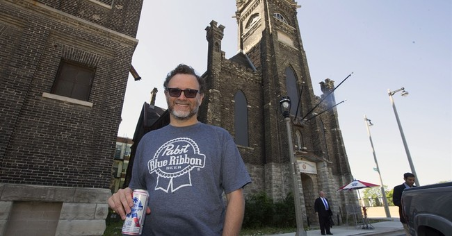 Pabst Brewing to return to Milwaukee with new brewery
