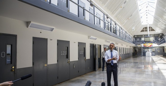 Obama visits prison to call for a fairer justice system