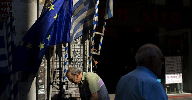 Greek banks to reopen after cash pledge from lenders