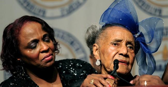 Woman deemed oldest US veteran set for flight to meet Obama