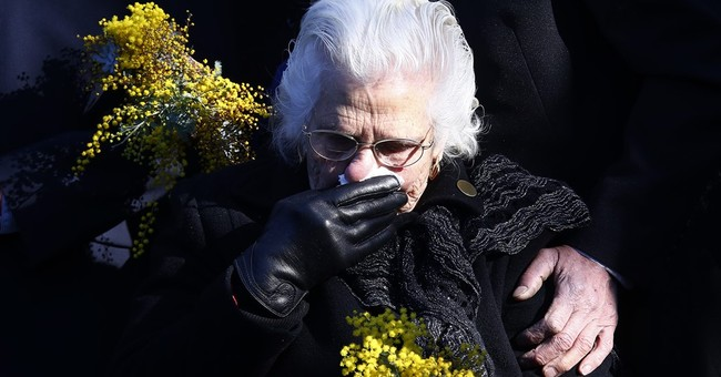 Australia memorializes victims of Malaysian plane shot down