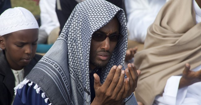 AP PHOTOS: Muslims across the world celebrate Eid al-Fitr
