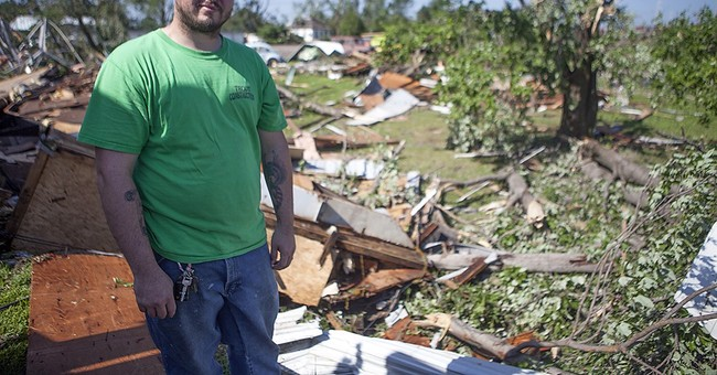 Tornados hits Illinois towns but no significant injuries