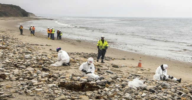 Final California beach fouled by oil spill  is reopened