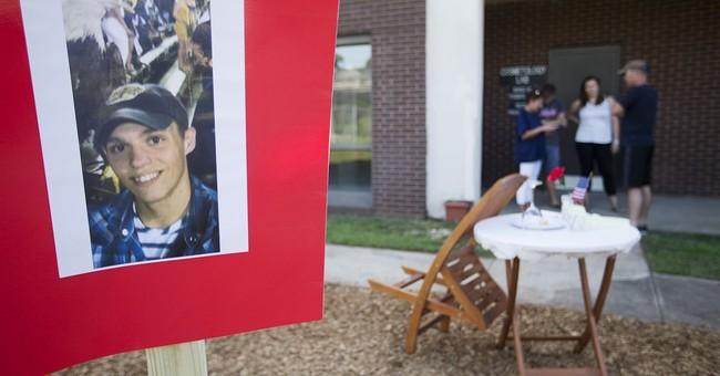 Military site shootings crystallize FBI terrorism concerns