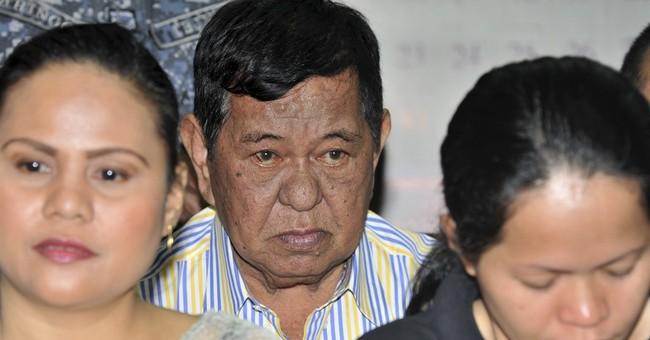 Main suspect in 2009 Philippine massacre dies in hospital