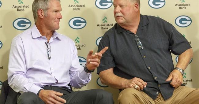 Brett Favre returns to Lambeau for Packers Hall of Fame