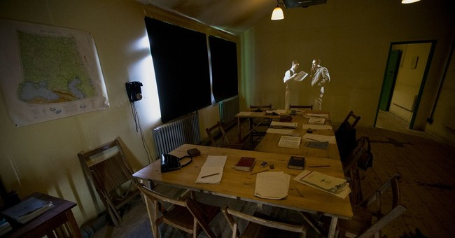 'Imitation Game' site Bletchley Park recreates WWII Britain
