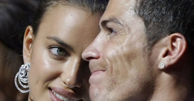 APNewsBreak: Ronaldo breaks up with girlfriend Irina Shayk