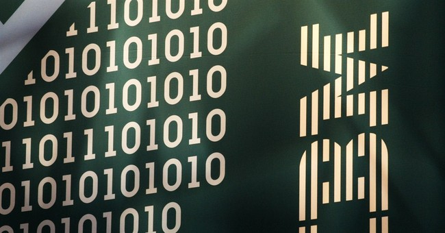 IBM 4Q revenue continues to sag, 2015 outlook disappoints