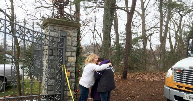 Official: Relatives believe family was in mansion for fire