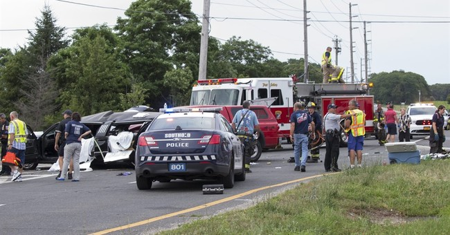 Police: 4 killed in NY wine country when pickup hits limo