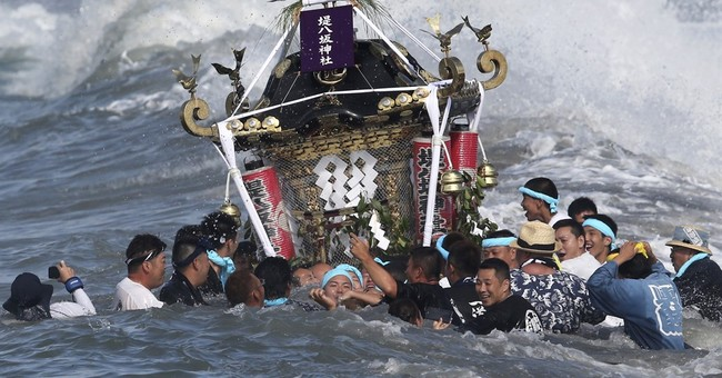 Image of Asia: Rite of summer and sea in Japan