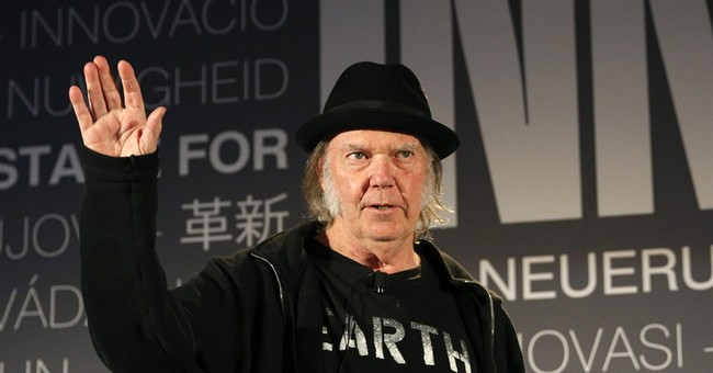 Rocker Neil Young offers support to Vermont food label law