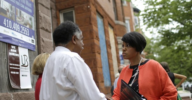 In wake of riots and crime spike, Baltimore mayor under fire